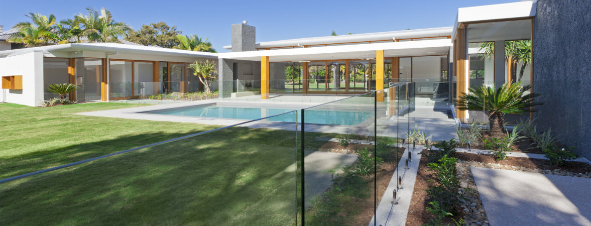 Pool-Fence-Cleaning-Perth